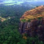 Sigiriya-le rocher du lion vue ciel