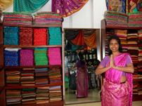 Essayage de Sari au Sri Lanka