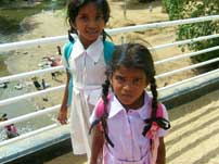 Petites filles au Sri Lanka